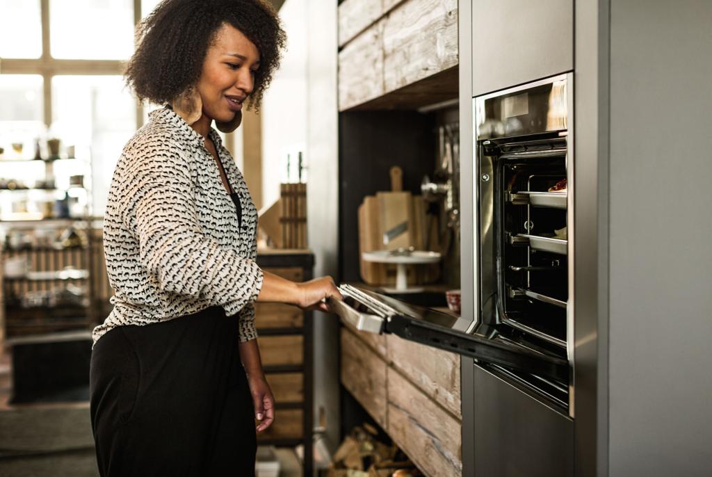 Matlaging i flere nivåer med avansert varmluftsteknologi